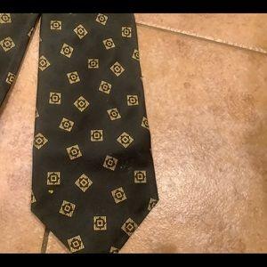 Harold Palmer  tie